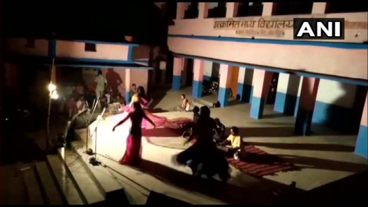 Peak Bihar: Dancers perform at a COVID-19 quarantine centre in Samastipur; watch video