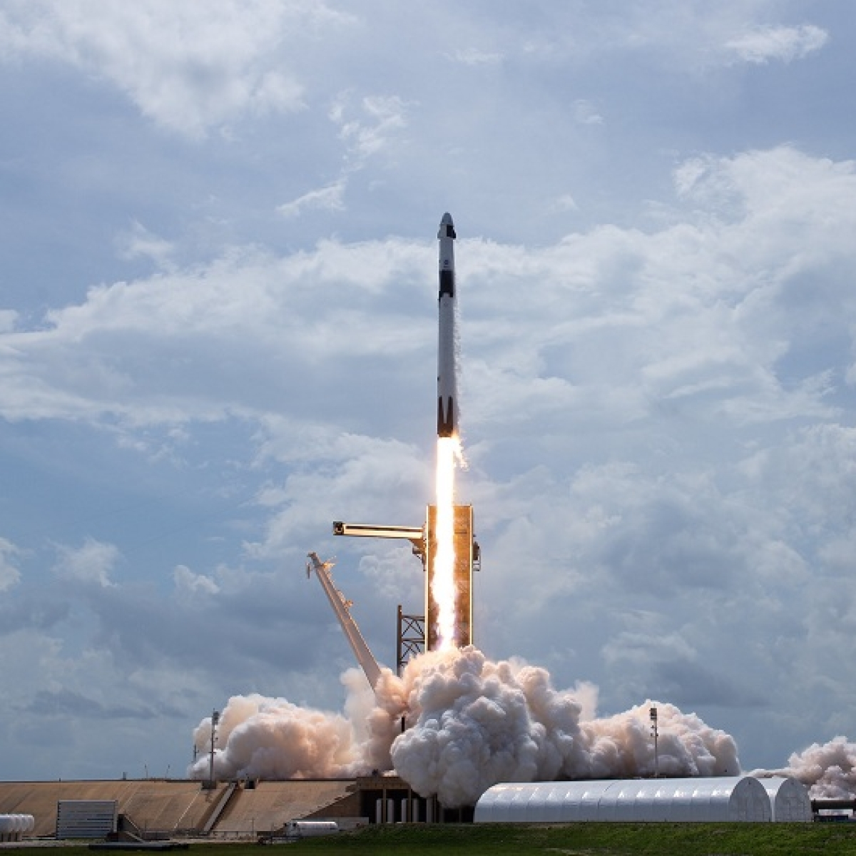 SpaceX launch key step to reach Moon, Mars, says NASA