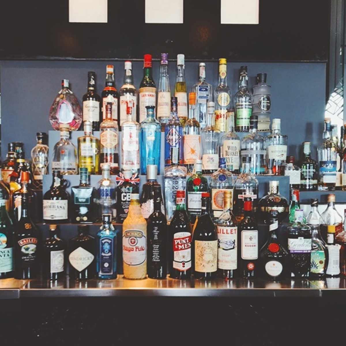 Buying alcohol in Mumbai, Pune, Navi Mumbai and others parts of Maharashtra? How to ensure the liquor you buy online is authentic