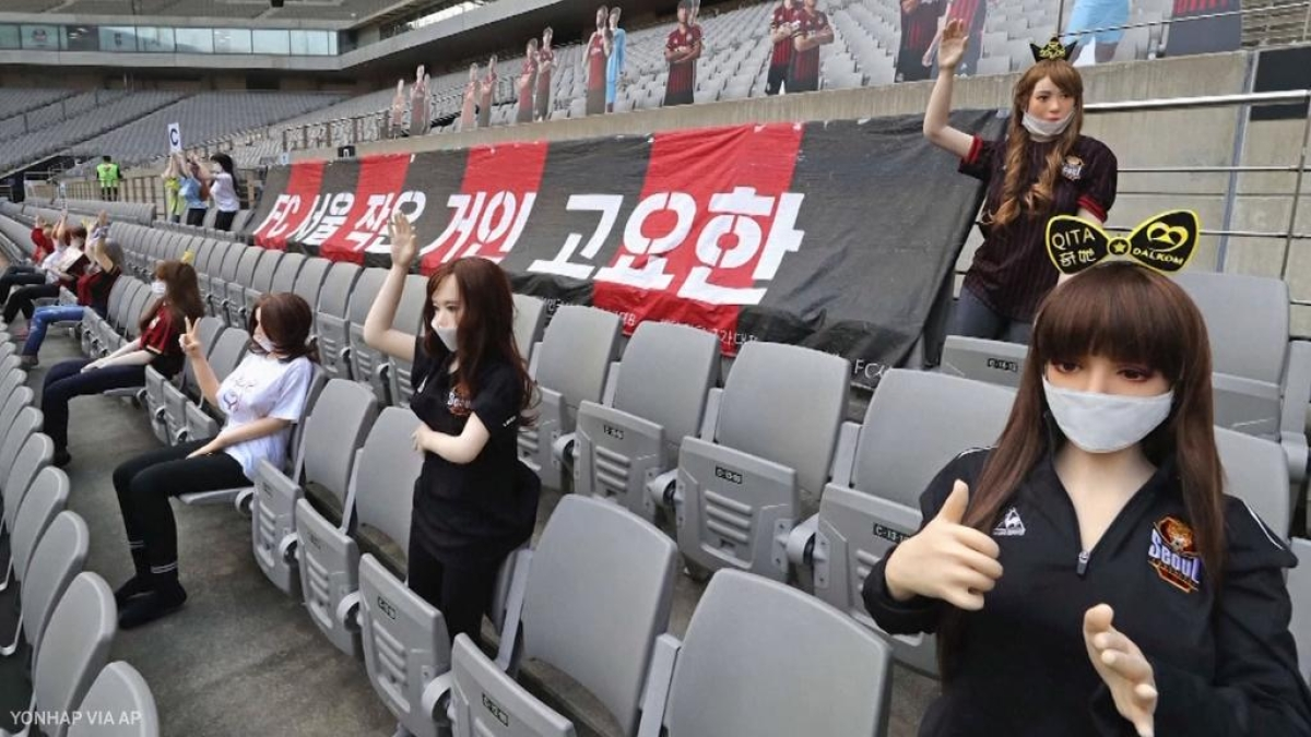 K-League stamps fine of 100 million South Korean Won on FC Seoul for filling stadium with sex dolls