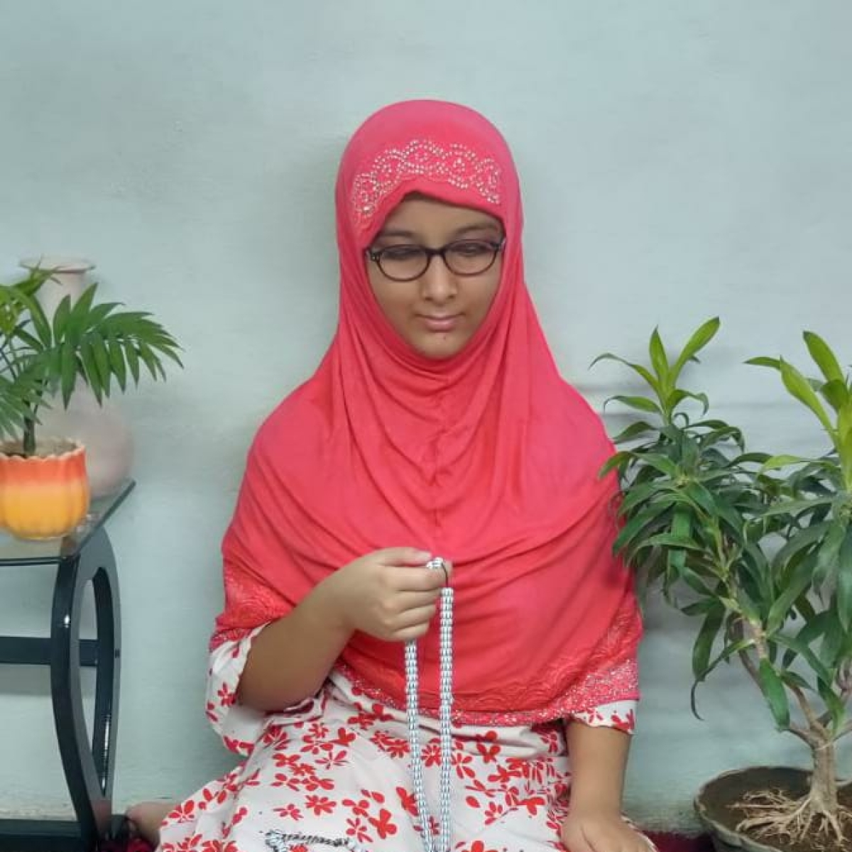 Eid-ul-Fitr 2020: This 12-yr-old girl from Indore prays for 10 days, beseeching Allah to heal world from coronavirus