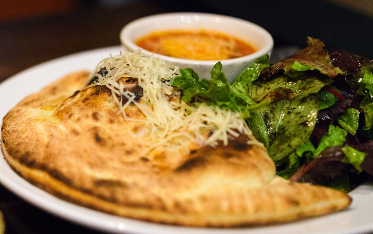 Coronavirus Lockdown Nutrition: Calzone paratha; Taste of Italy with Indian touch