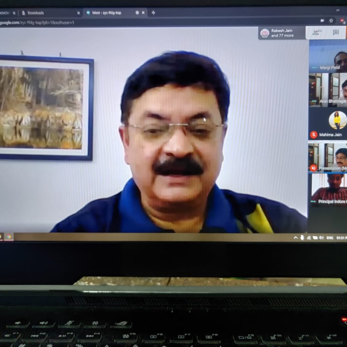 Indore: ADG Varun Kapoor gives tips on cyber security, addresses student through webinar