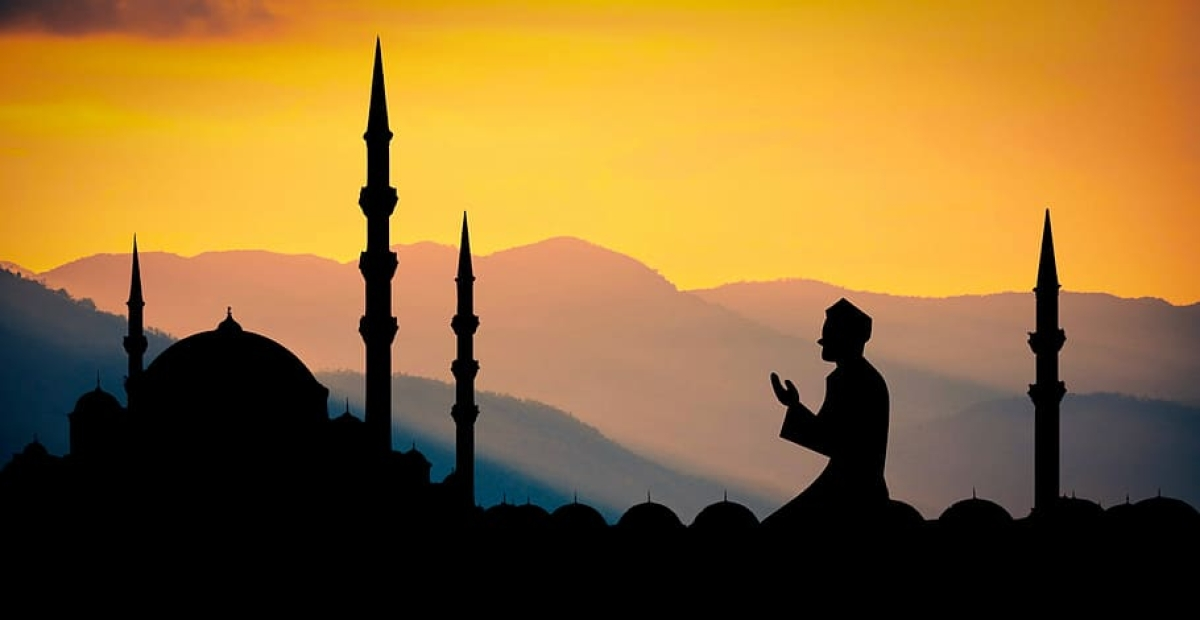 Once again, Iranians can offer prayers in mosques