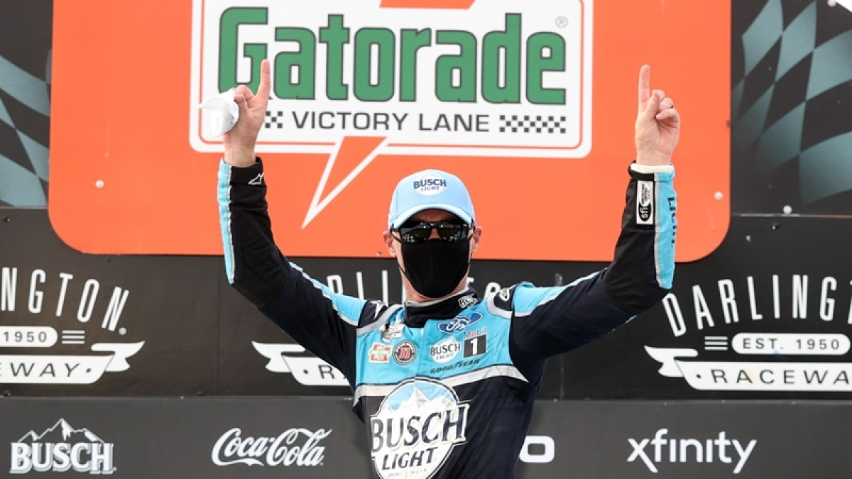 Kevin Harvick drives to victory, as NASCAR returns behind the closed doors after 2 months
