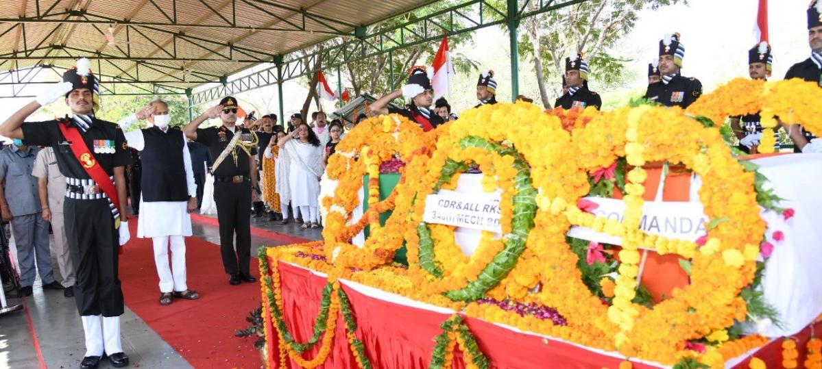 Col Ashutosh Sharma's family and CM Ashok Gehlot pay tribute to him