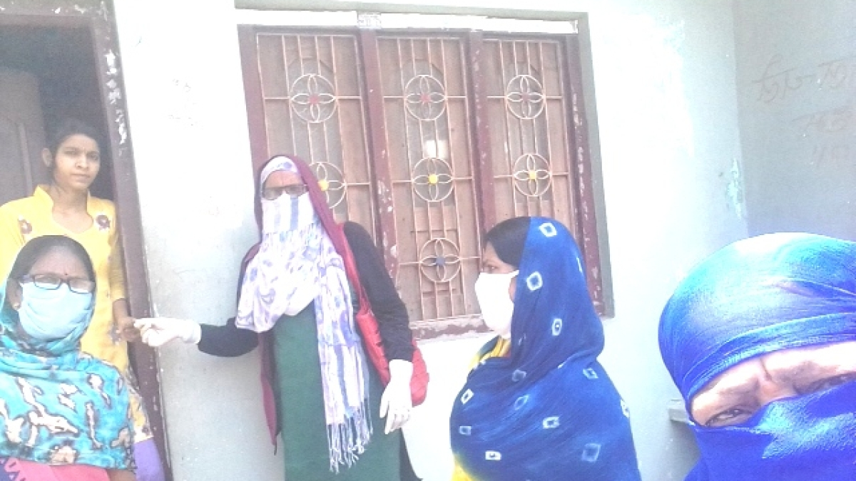 Asha workers conducting health survey.
