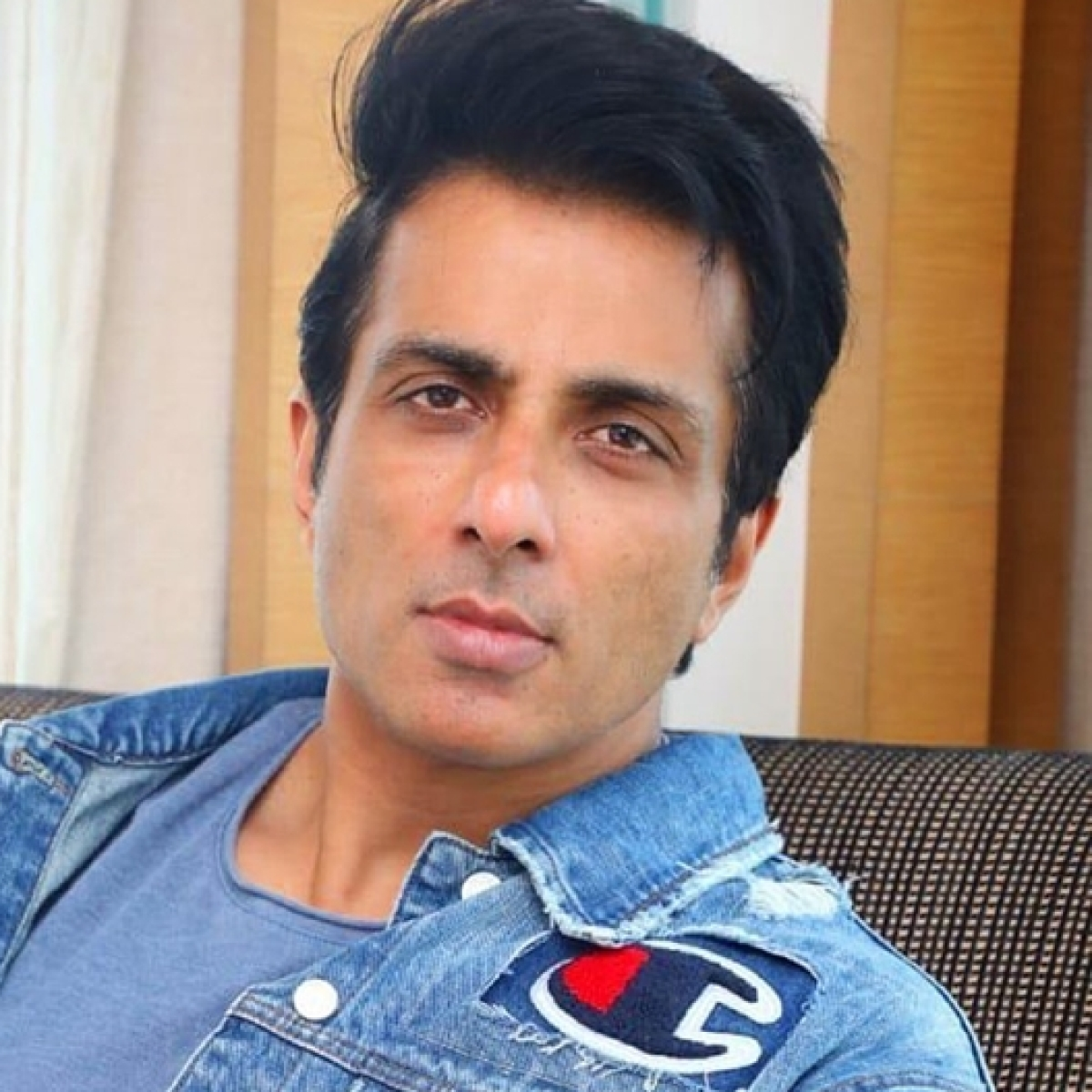 Watch: Sonu Sood shares video clip of phone notification bar filled with messages from migrant workers