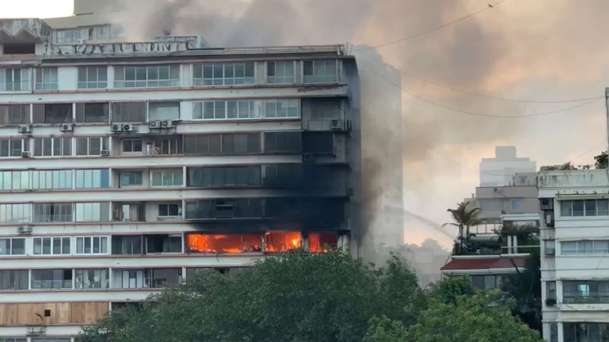 Fire breaks out at residential building at Nepean Sea road in Mumbai