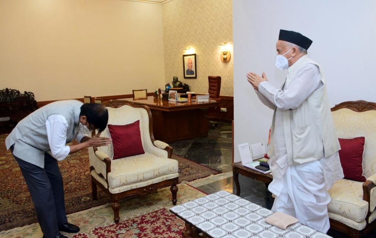 Governor Bhagat Singh Koshyari and CM Uddhav Thackeray are like father and son, says Sanjay Raut