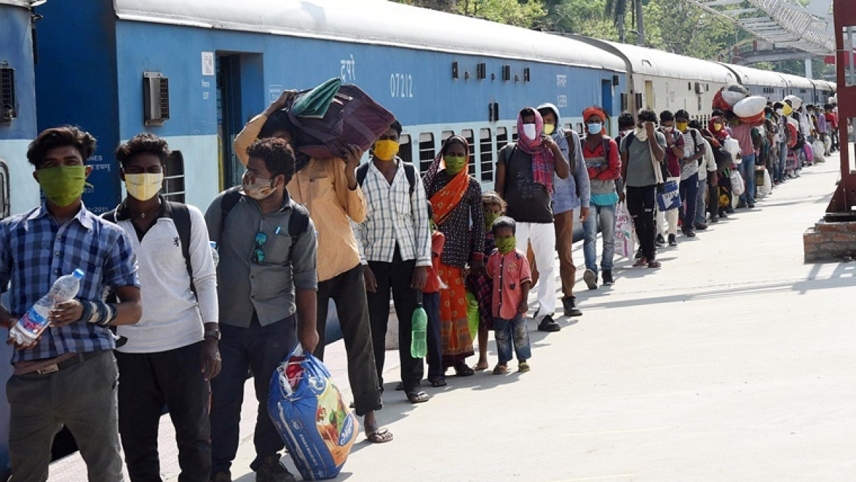 Shramik trains headed from Maha to UP diverted sans passengers' knowledge; Railways says rerouting was due to congestion