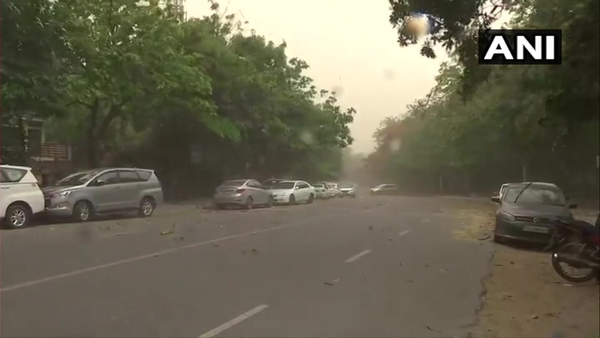 A massive dust storm hits Delhi's Vasant Vihar area