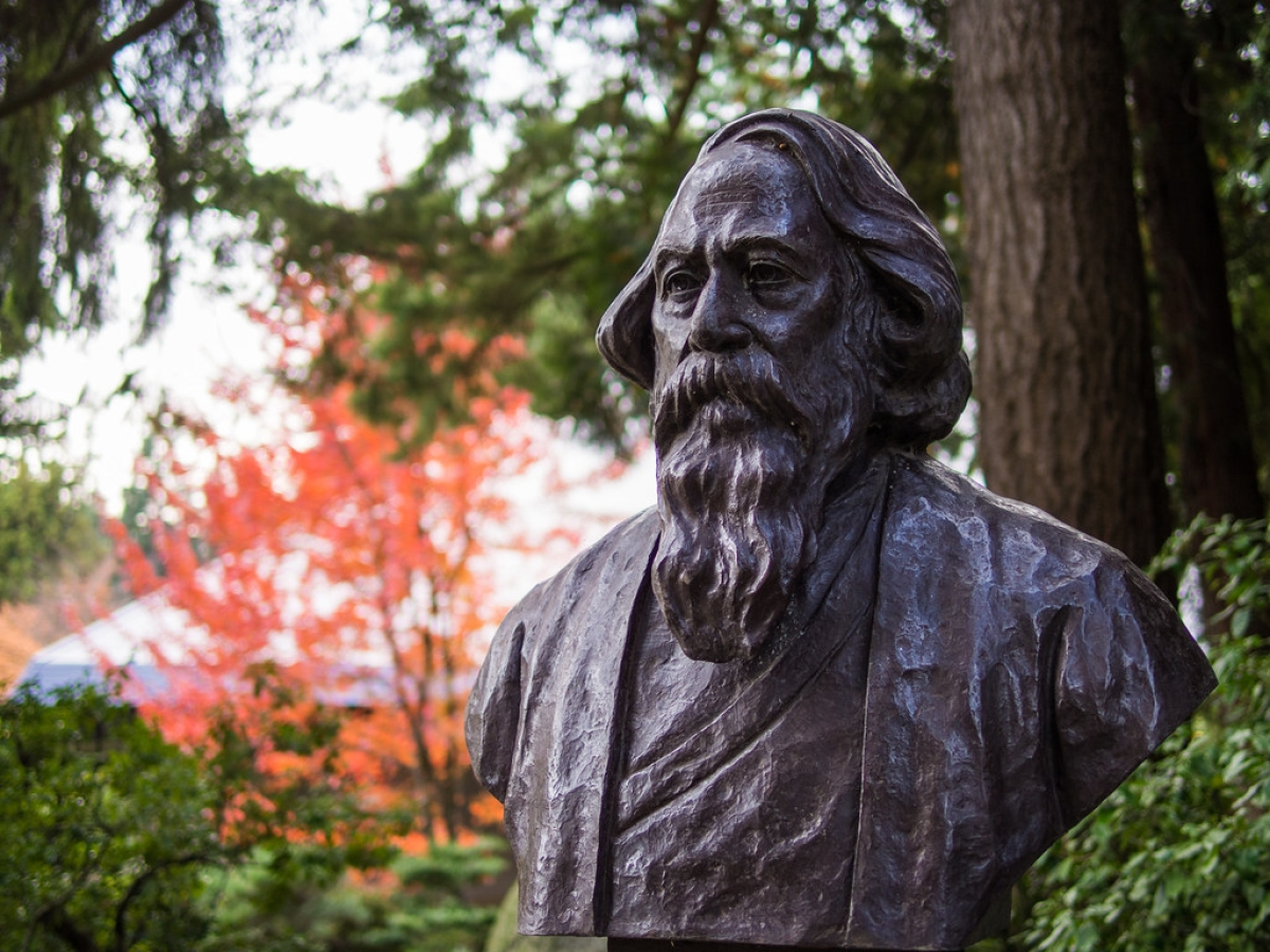 Rabindranath Tagore Jayanti 2020: Would Rabindranath Tagore have stood up for the national anthem to prove his patriotism today?