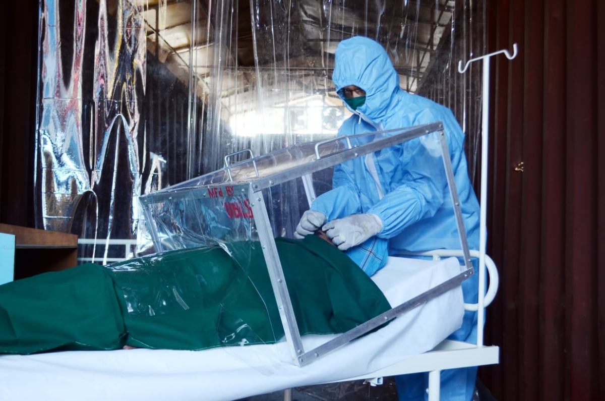 SWR prepares intubation boxes for treating Covid-19 patients