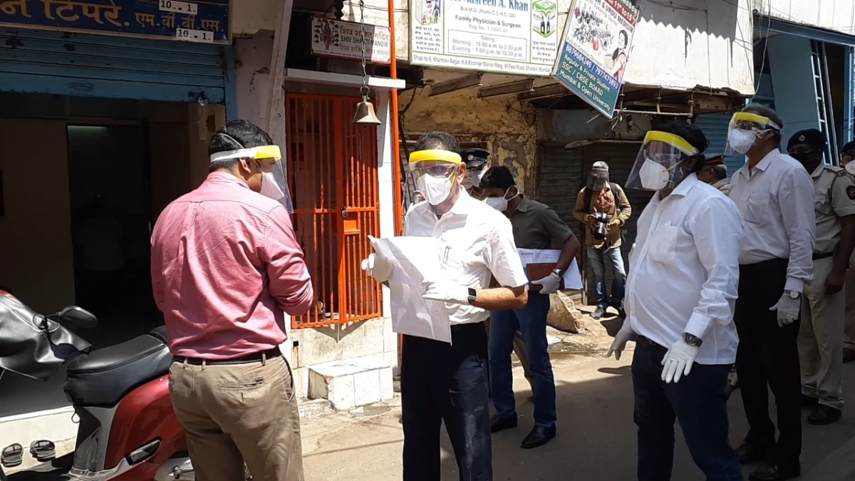 Coronavirus in Mumbai: BMC Commissioner Iqbal Chahal divides COVID-19 containment task among 8 IAS officers