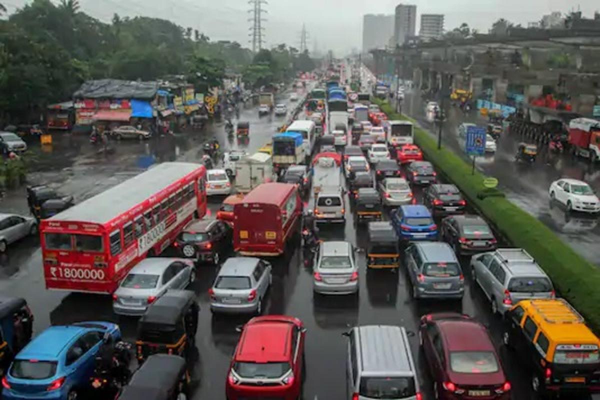 Lockdown 4.0: No reprieve? No problem, Manic traffic on Monday