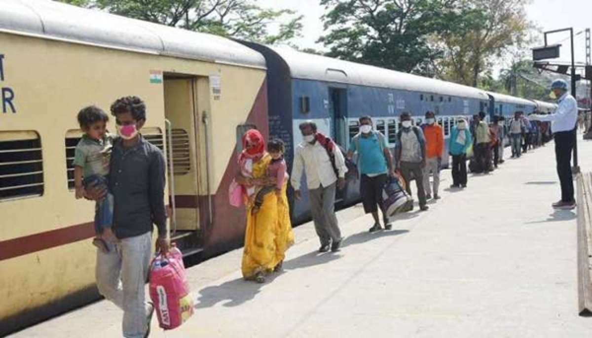 Railway Minister agrees to press trains into services/ Representative Image