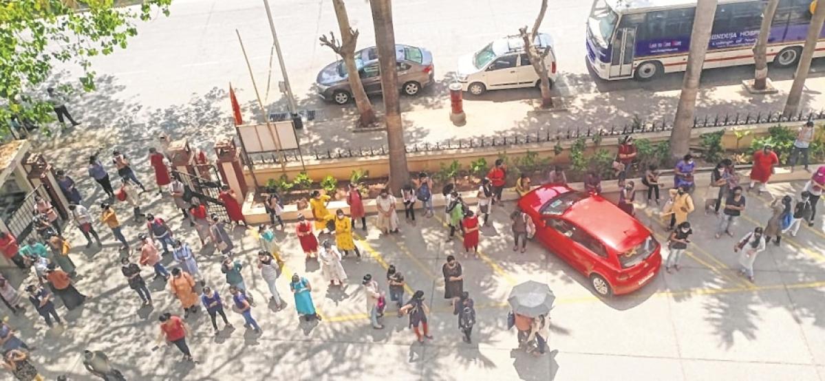 Hinduja nurses protest raw deal