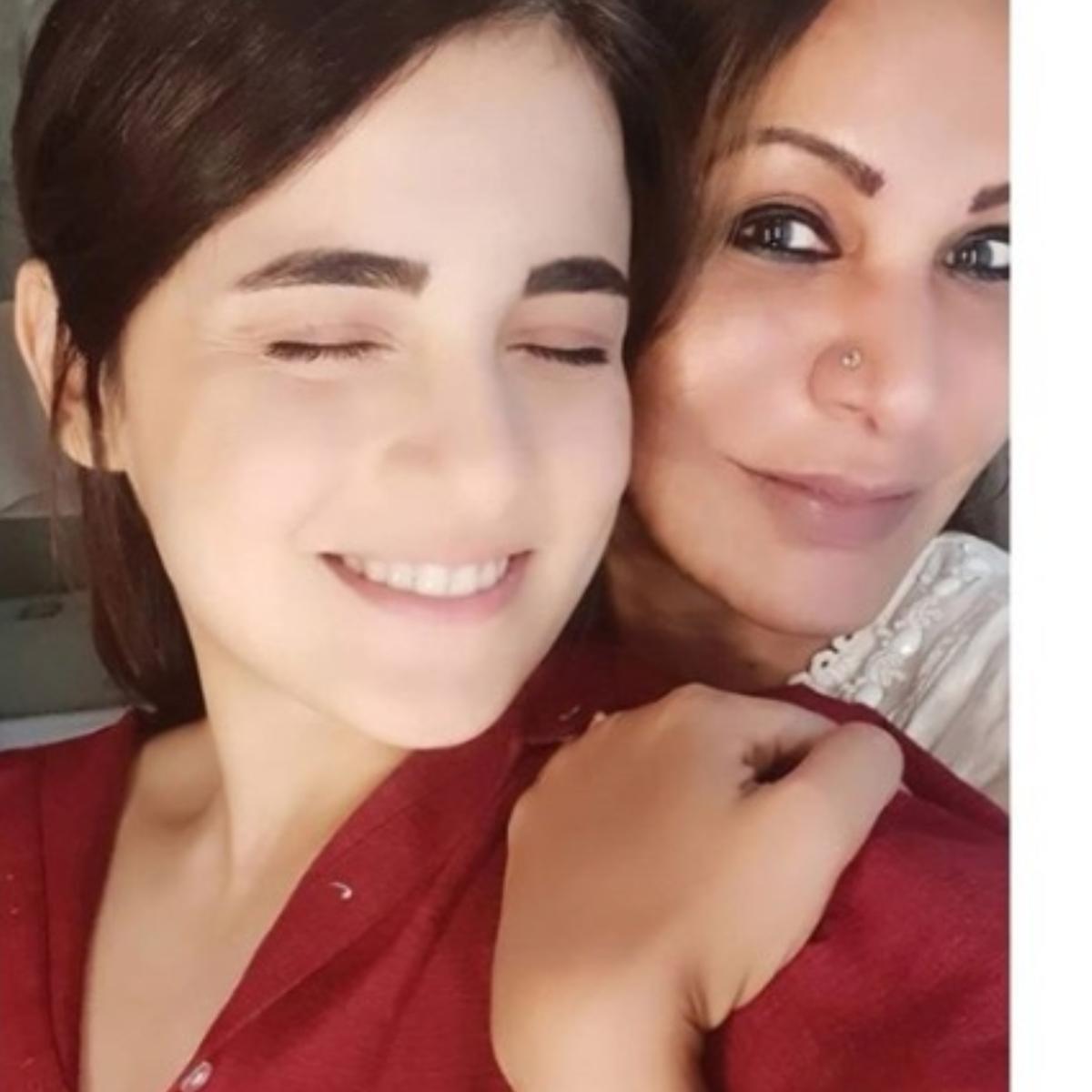 Radhika Madan reunites with her mother after 14 days 'vanvaas'