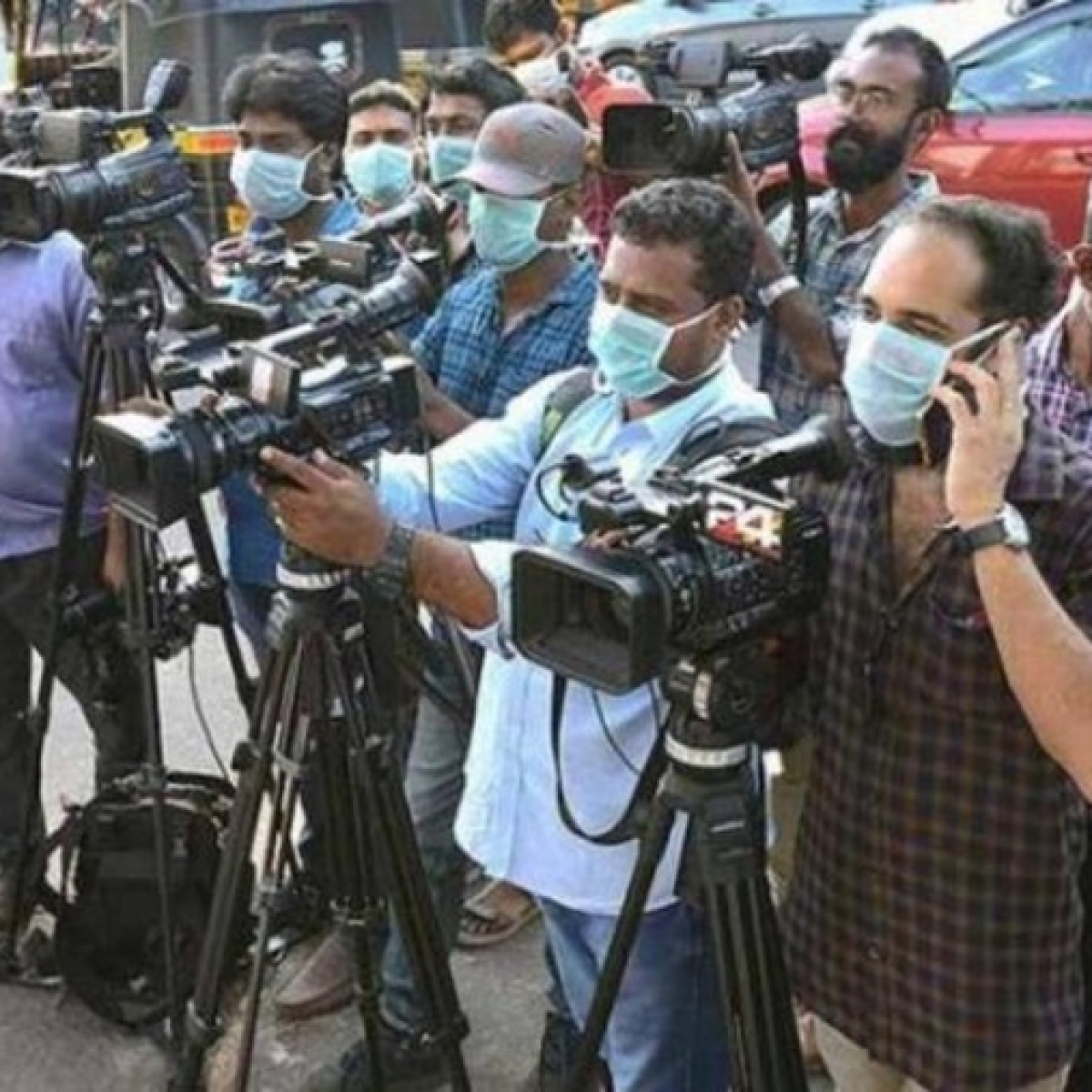 Coronavirus in Maharashtra: State health minister announces Rs 50 lakh cover for journalists