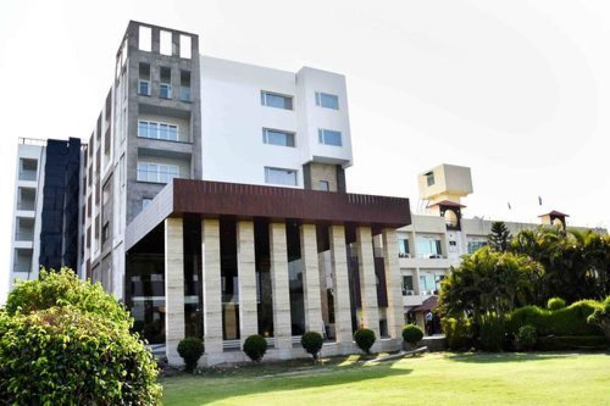 Ujjain Hotel Shanti Palace row: Babus among 12 booked for illegally diverting land