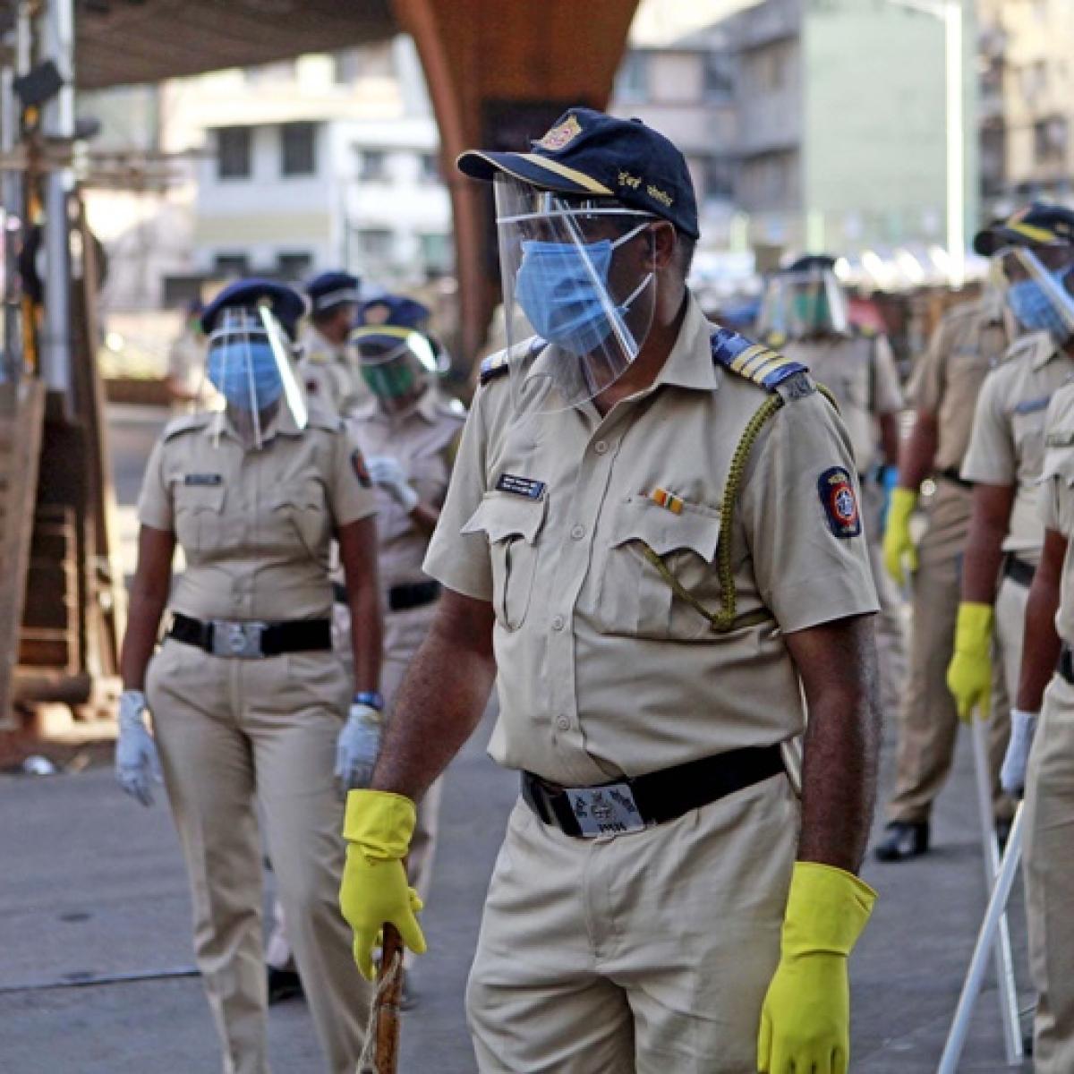 Kunal Kamra, Sonam Kapoor, Priyanka Chaturvedi appeal for masks for Mumbai Police: Here's how one can donate