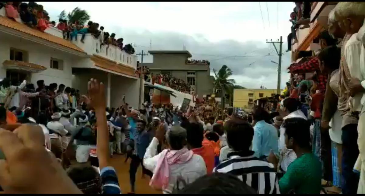 What virus? Mass gathering in Karnataka's Haveri ignores social distancing norms to celebrate 'Kara Hunnime' fair