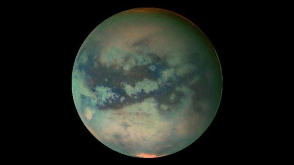 Evidence for volcanic craters on Saturn's moon Titan
