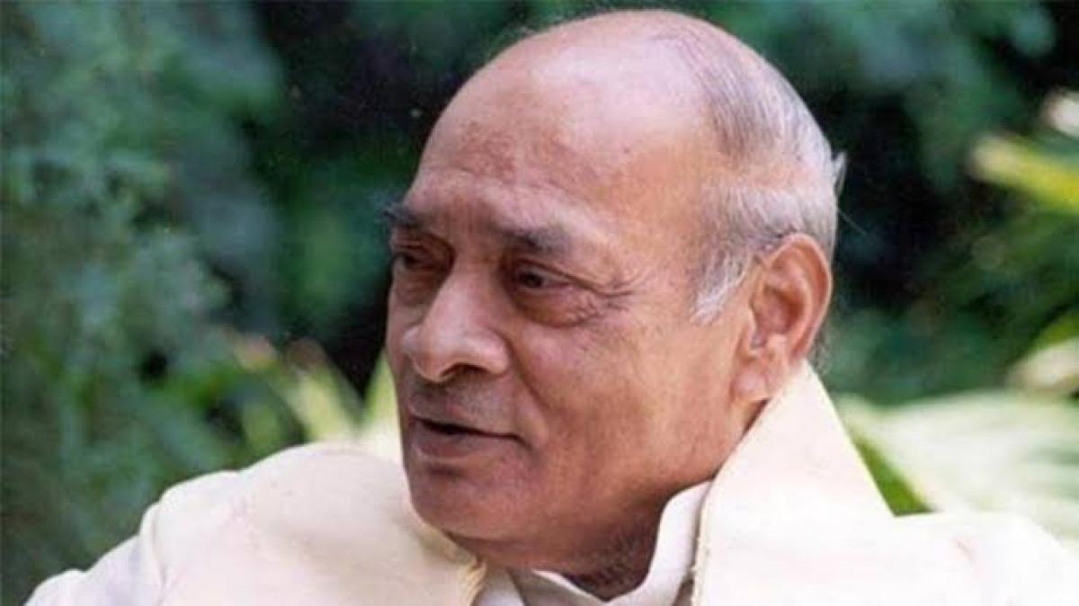 'He deserves Bharat Ratna': Twitter recalls PV Narasimha Rao's work for Indian economy on his birth anniversary