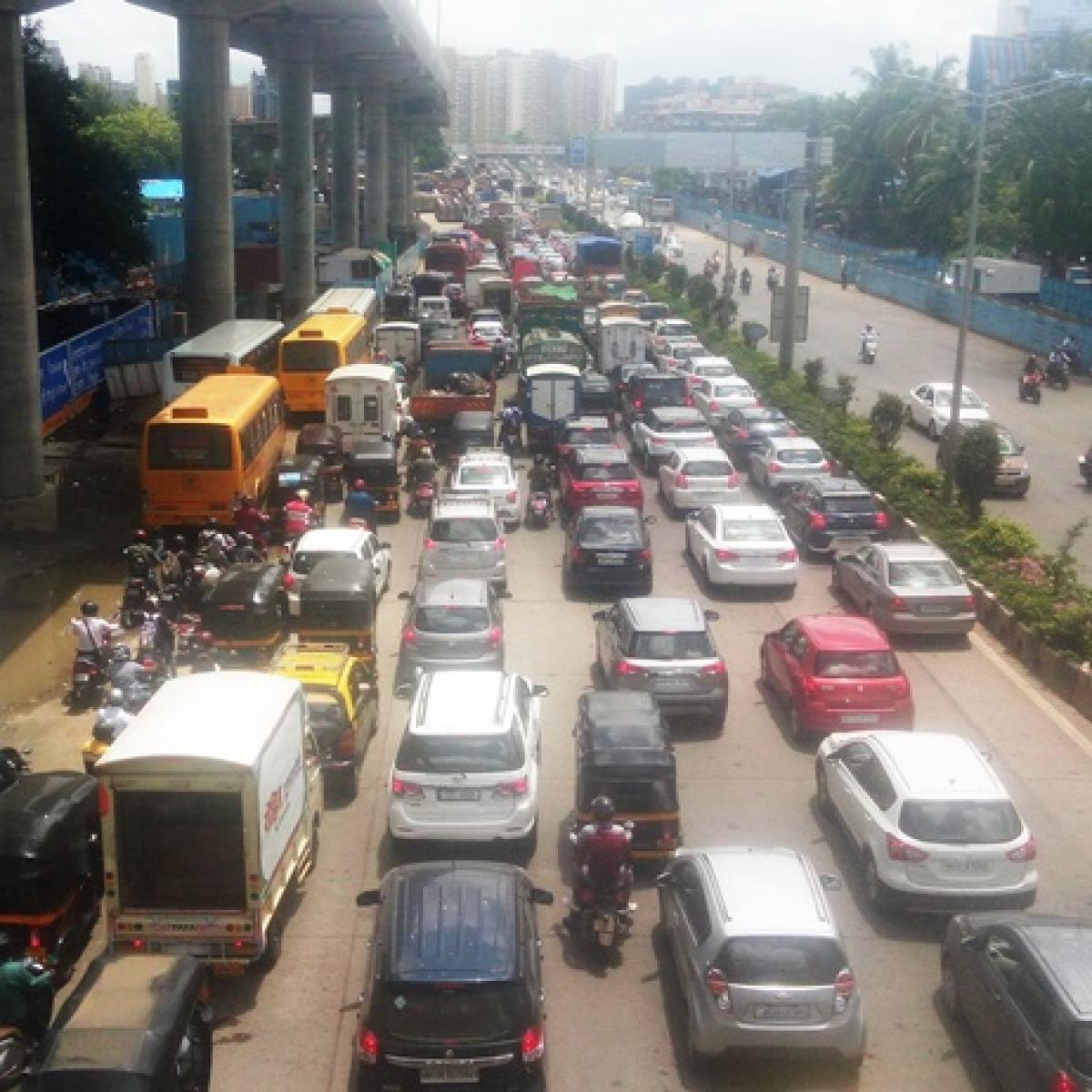 2-km Barrier: Do you need an e-pass to catch a flight in Mumbai?
