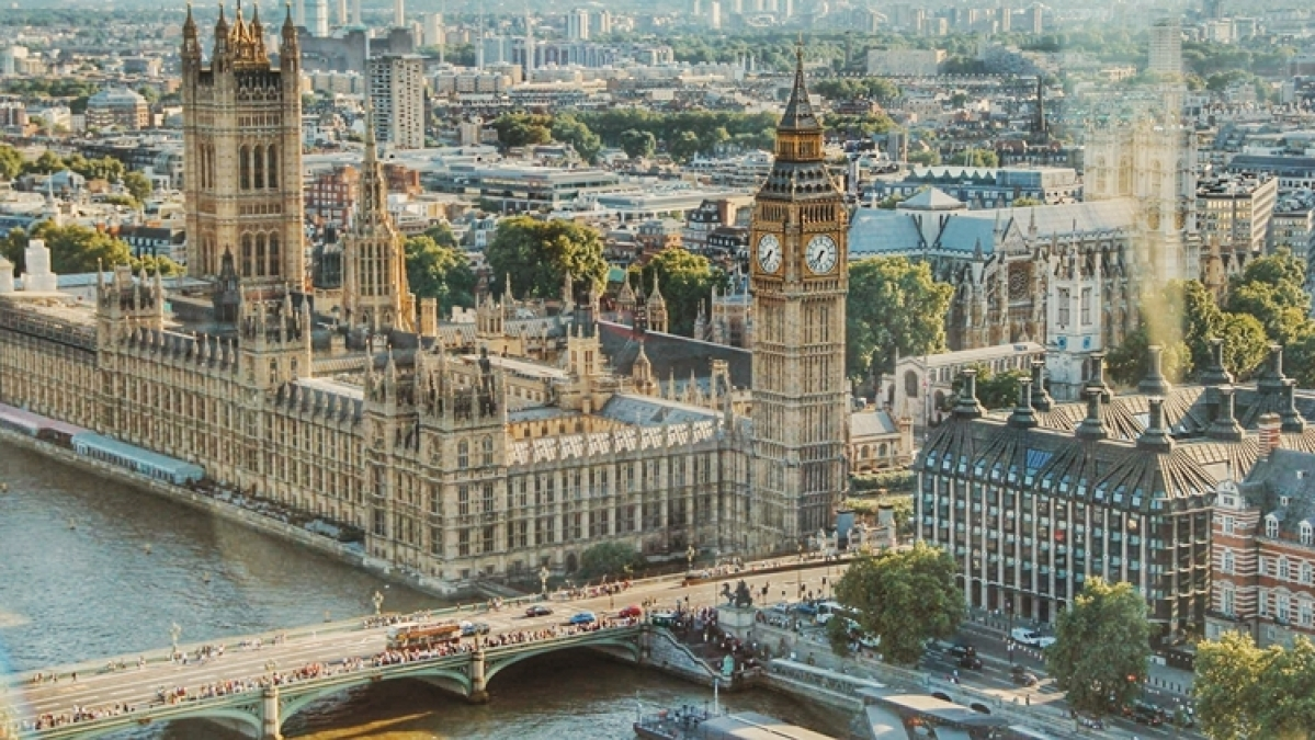 Travelling to UK amid COVID-19 lockdown? Here's a list of rules you need to follow upon arrival