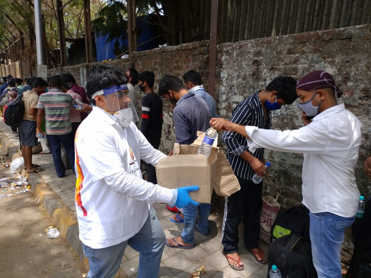 Reaching out to the migrants across Mumbai through the Circle of Love and Care