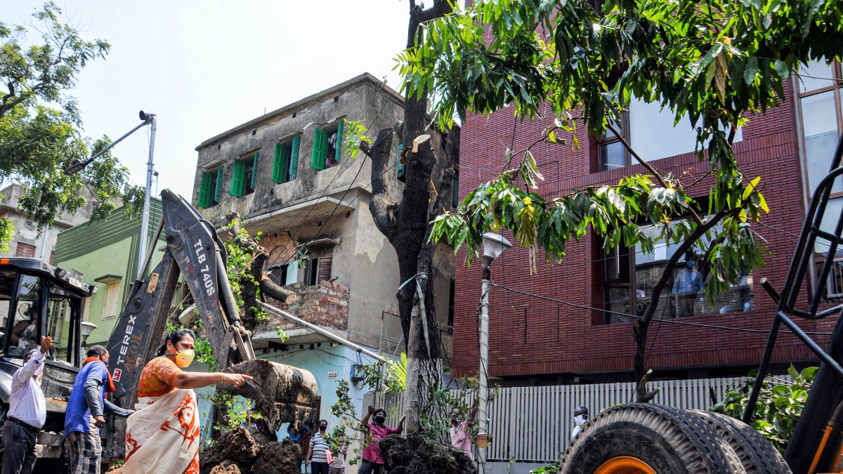 Inter-ministerial central team visit West Bengal to survey damage caused due to Cyclone Amphan