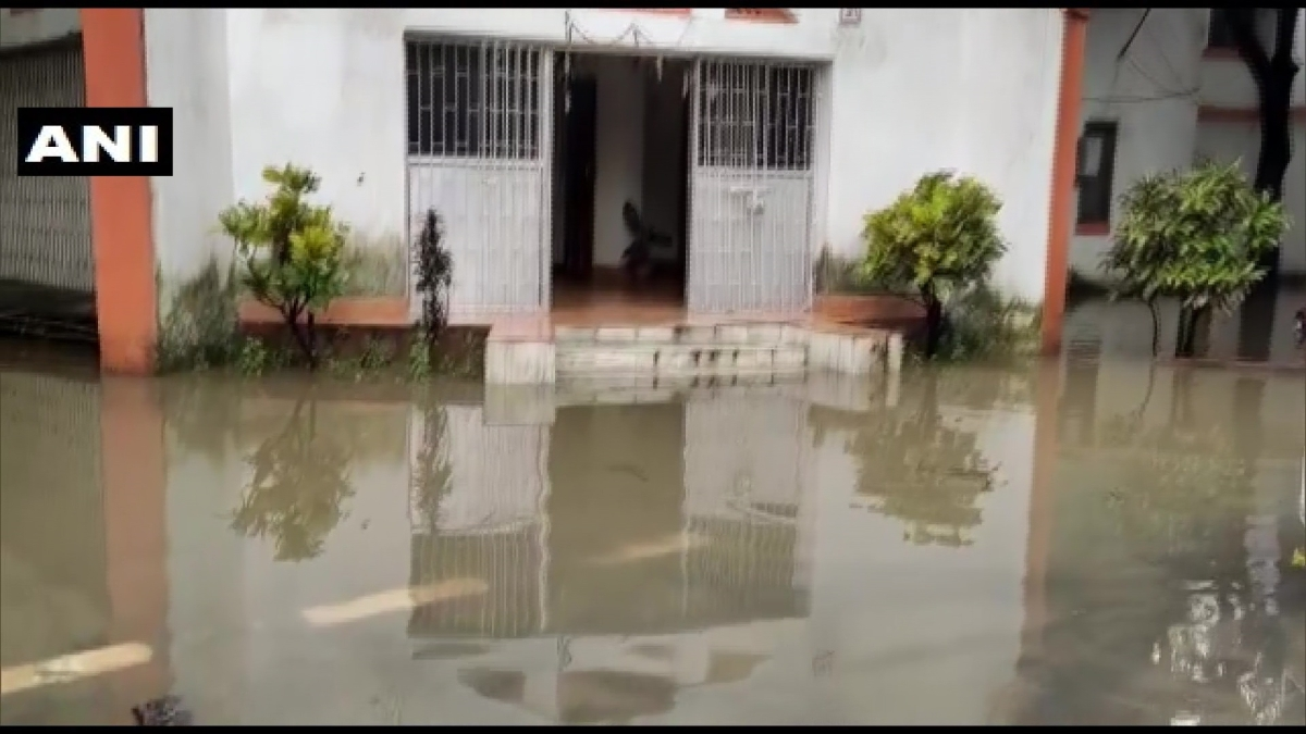 Rainwater enters residence of Bihar's Road Construction Minister; Twitter calls it 'poetic justice'
