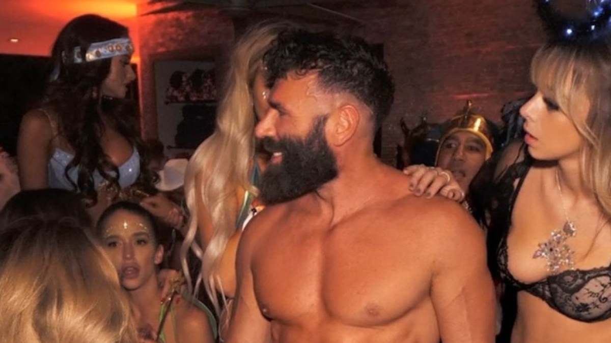 Dan Bilzerian offers $5,000 to the best title for his autobiography; here are the best ones