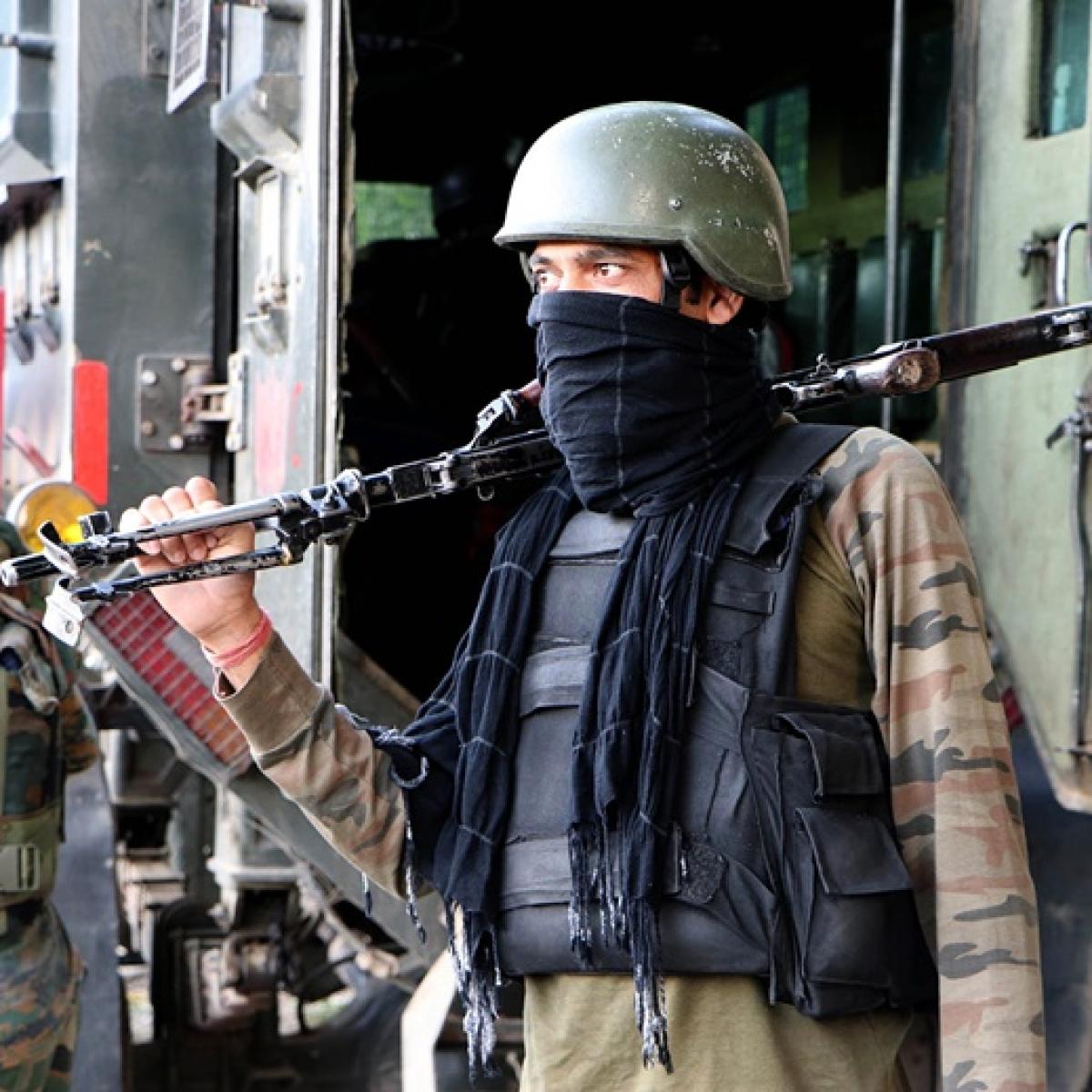 Army jawan killed as Pakistani troops shell forward areas along LoC, IB in Jammu and Kashmir