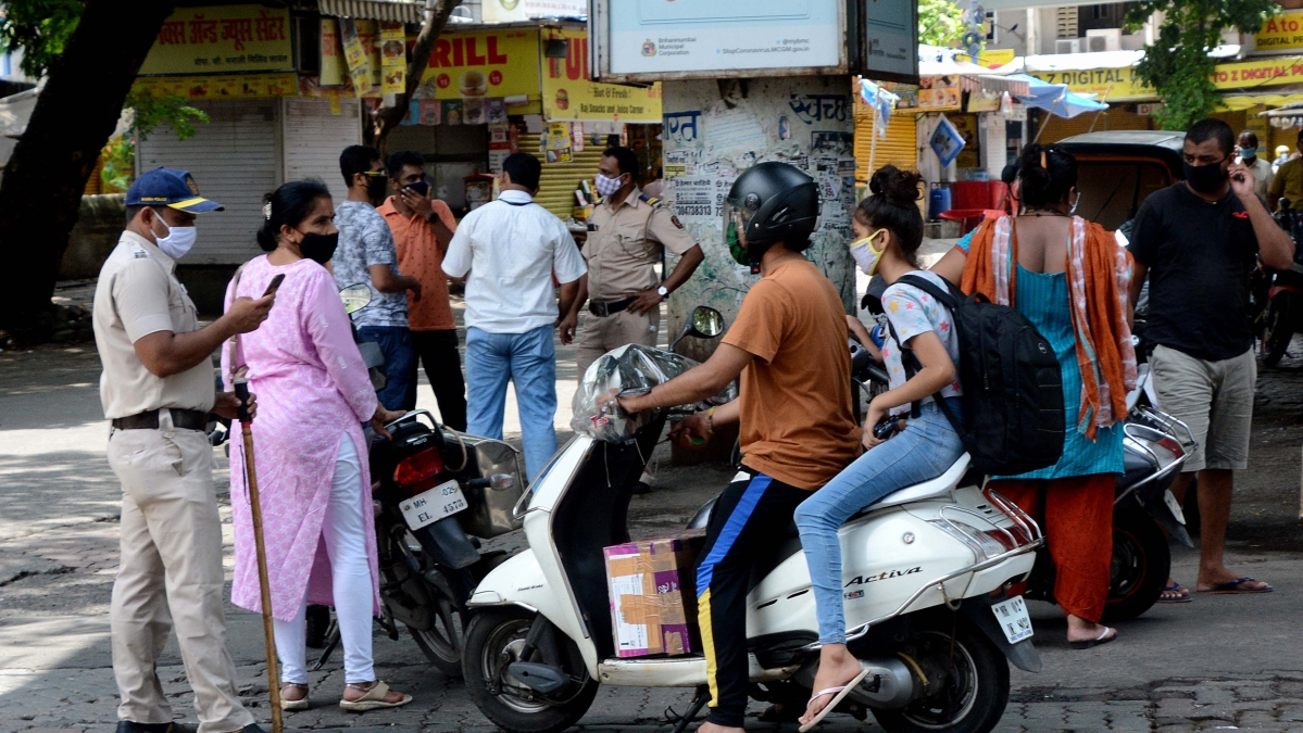 Mumbai Police asks people to be within 2 km radius of home, else vehicles to be seized