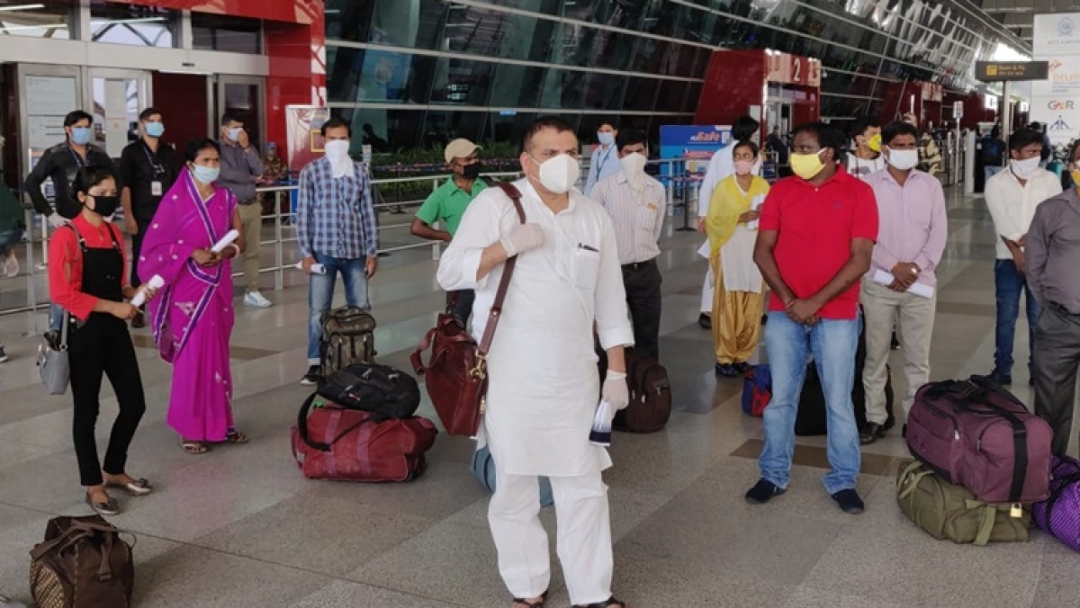 AAP's Sanjay Singh uses air tickets from MP quota to send migrants home in flights