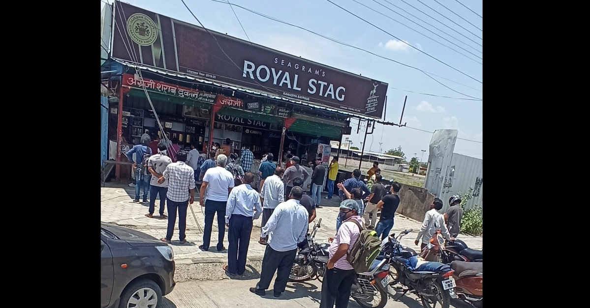Unlock 1.0 in Indore: Good news for tipplers, the city opens the liquor shops