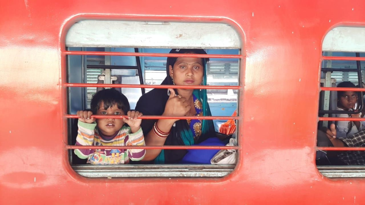 1200 Shramik Special trains by Western Railway transports more than 18 lakh migrants
