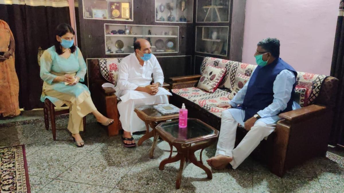Sushant Singh Rajput's death: Union Minister Ravi Shankar Prasad visits late actor's Patna home, offers condolences