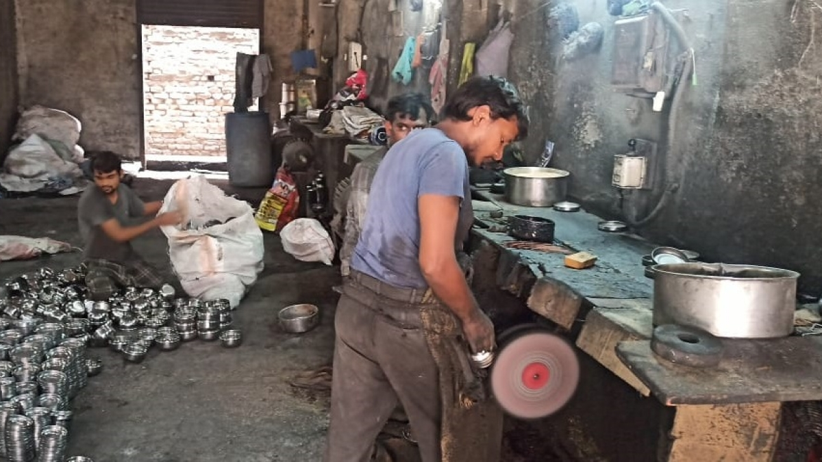 Migrant Exodus amid COVID-19: Lack of workforce hits steel industry in Maharashtra's Bhayandar