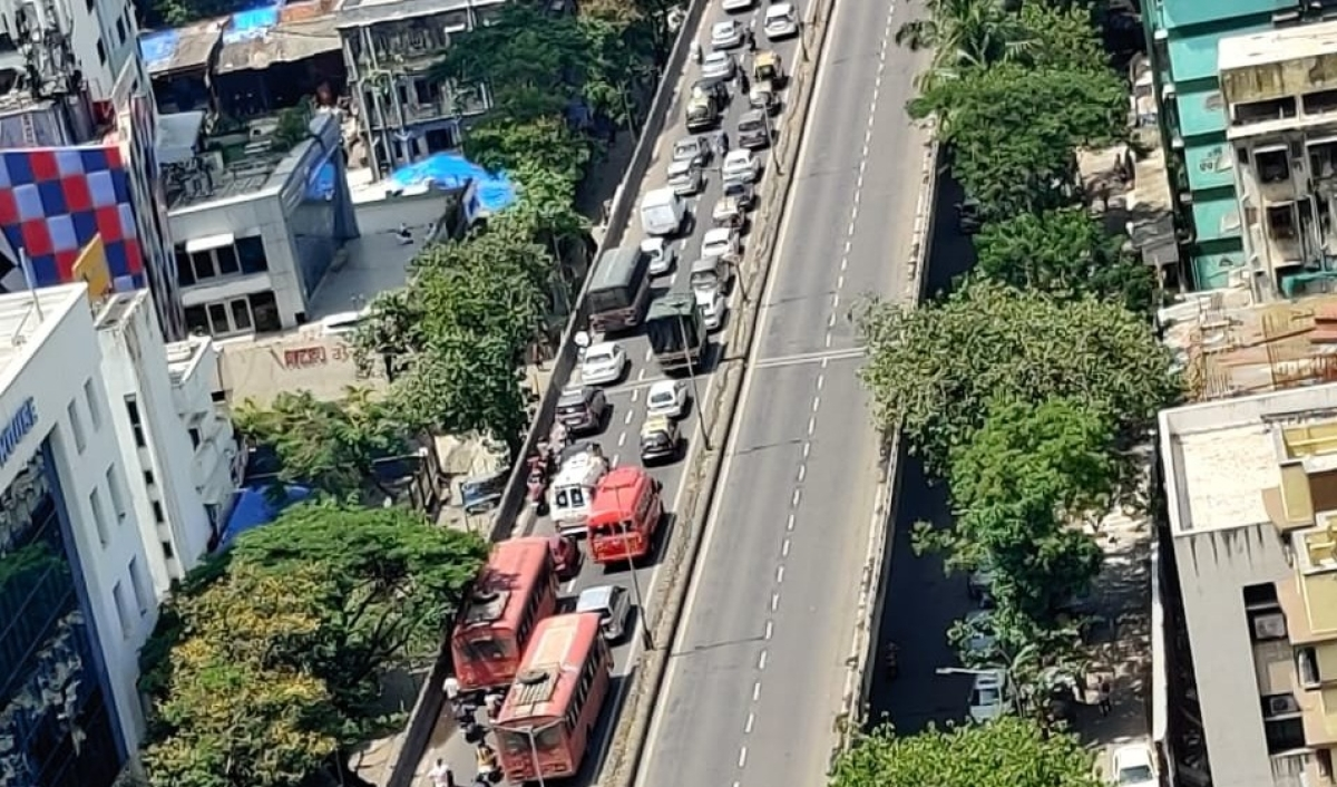 Traffic spurts as relaxations come into play in city