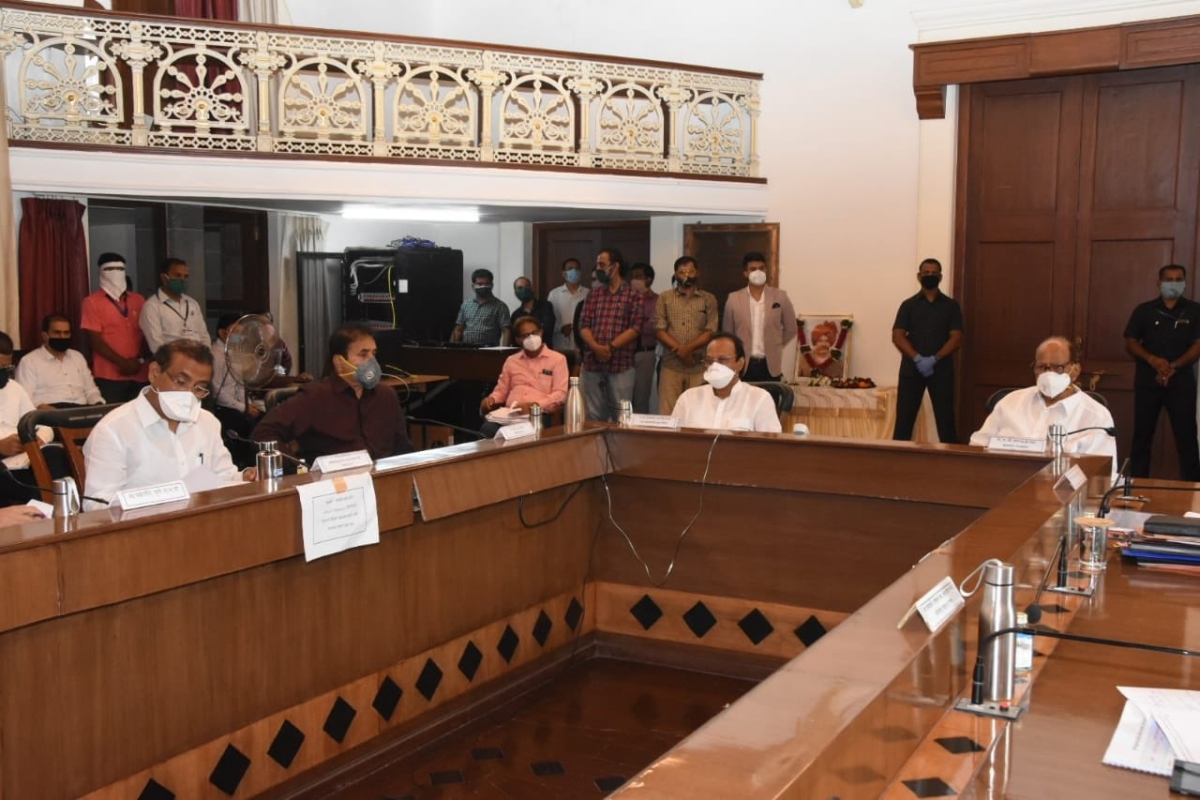 'Directed officers to impose strict regulations': Sharad Pawar, DCM Ajit Pawar and others review COVID-19 situation in Pune