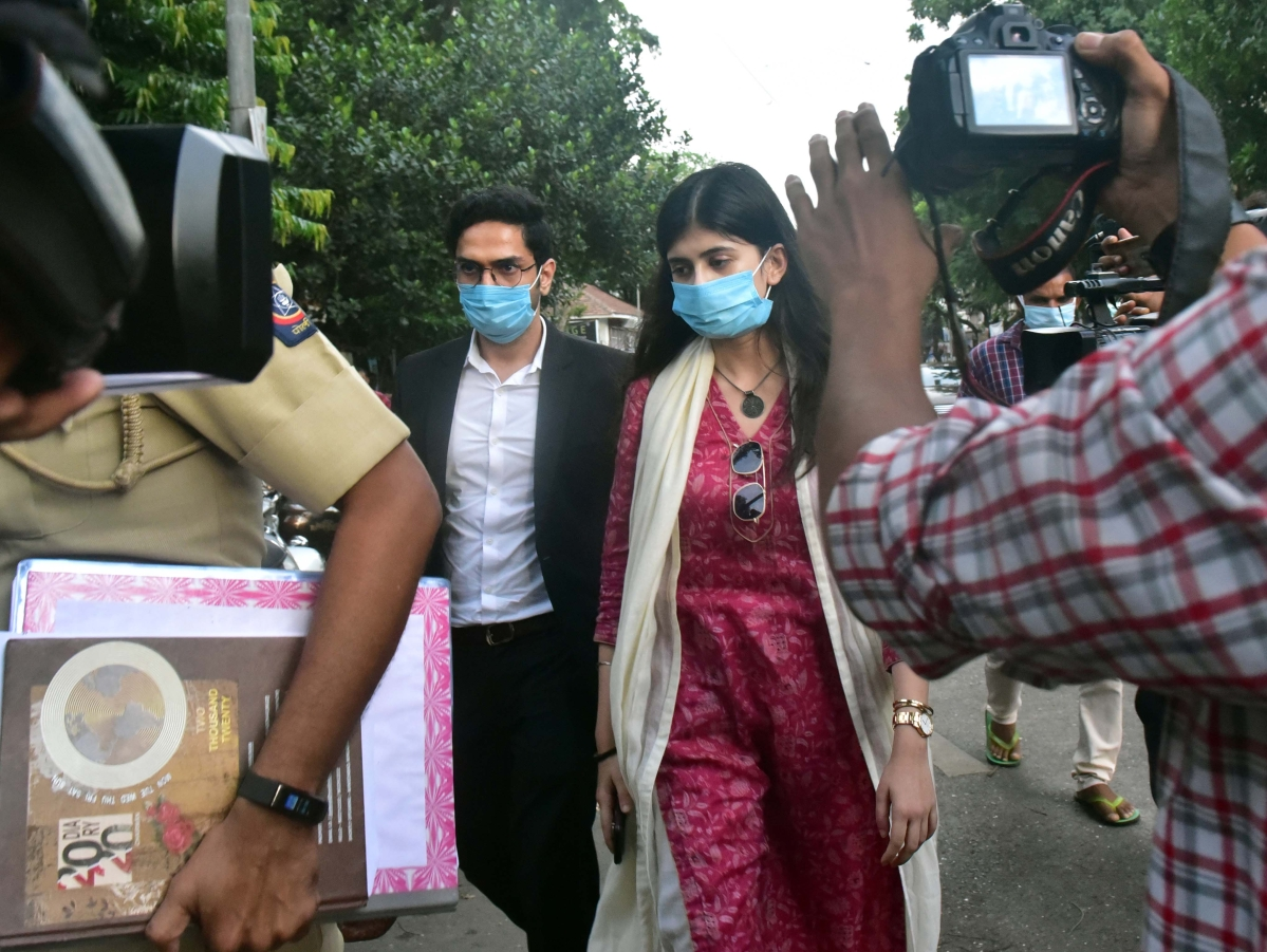 Actress Sanjana Sanghi comes out of the Bandra police station after recording her statement.
