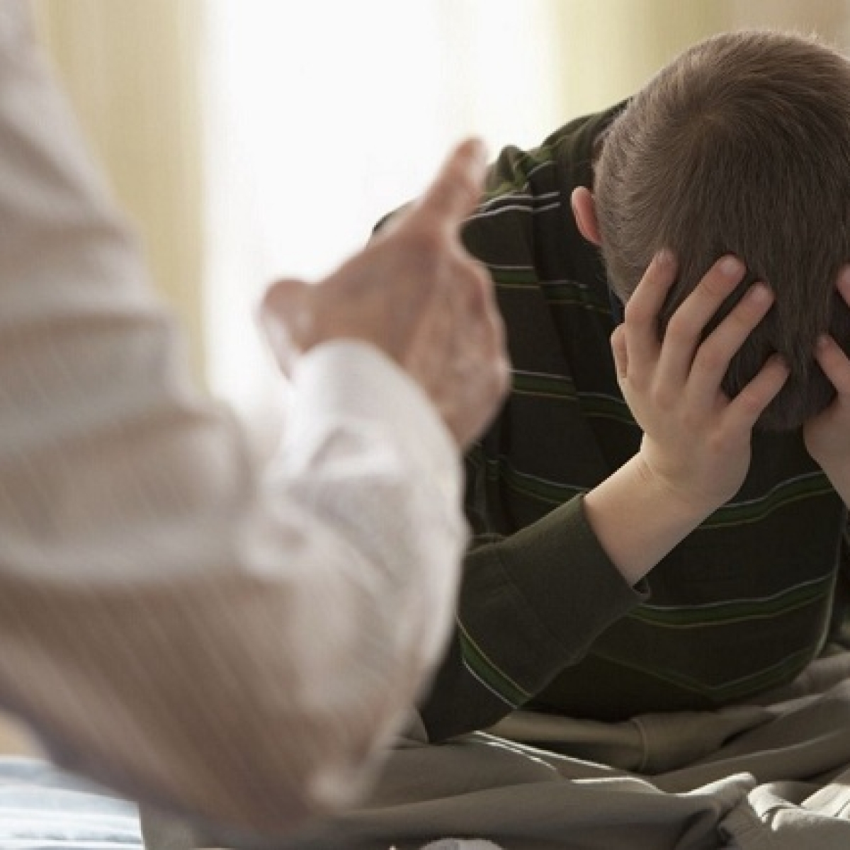 Constant attempts by parents to control their teen kids may stunt their progress