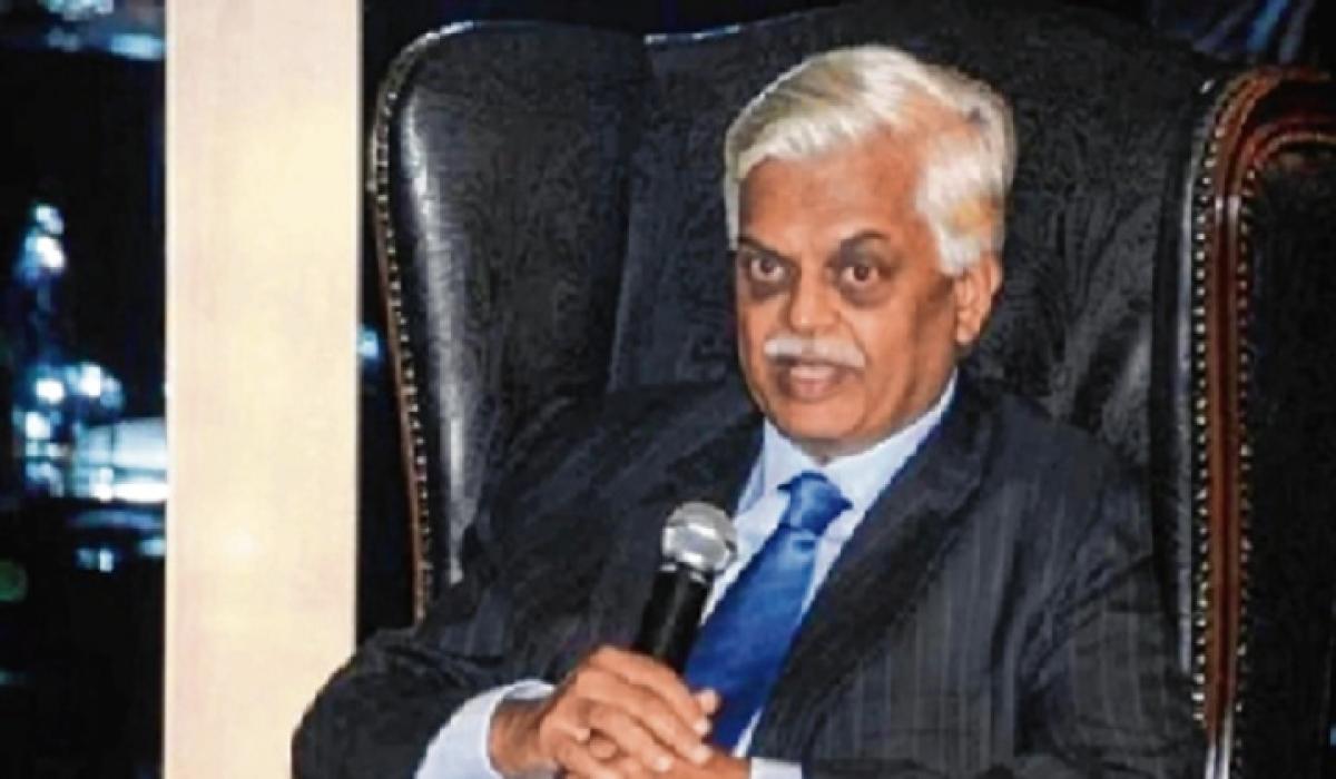 Accidental online ordering: Manmohan's former advisor Sanjaya Baru falls for alcohol fraud,  loses Rs 24,000