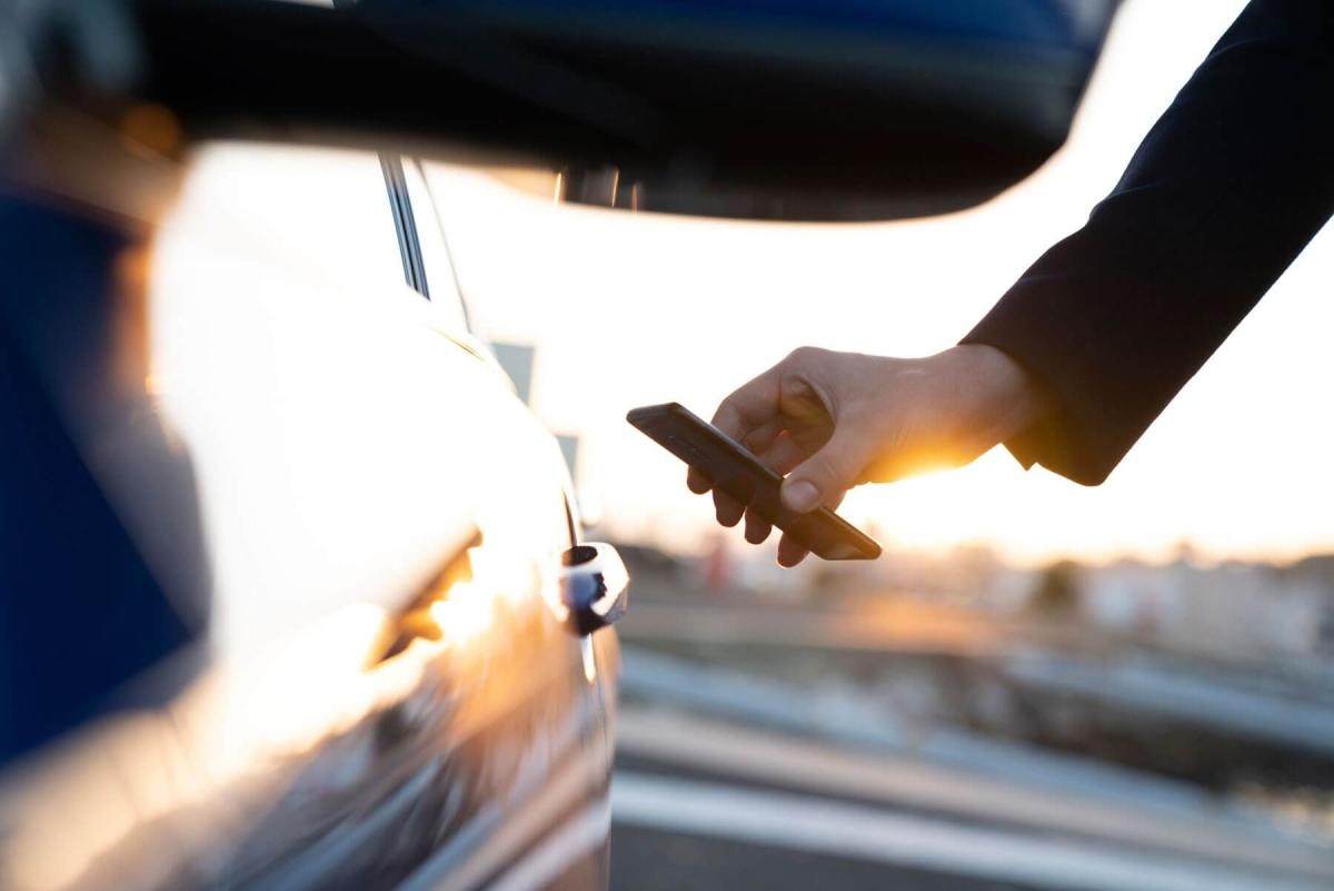 Unlock your car with digital keys on iPhone, Apple Watch soon