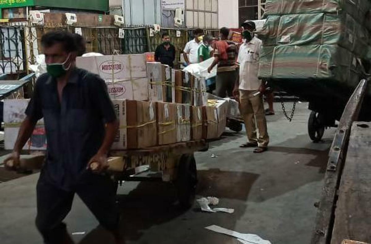 Western Railway runs 260 parcel special & 37 milk special trains during lockdown