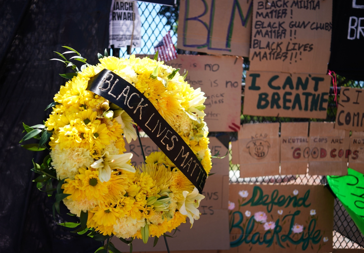 Protests over killing of George Floyd take artistic turn in USA